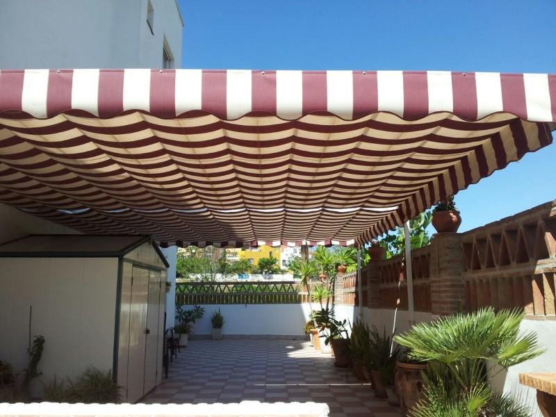 Modelos de toldos para patios cool toldos para piscina - Patios exteriores ...